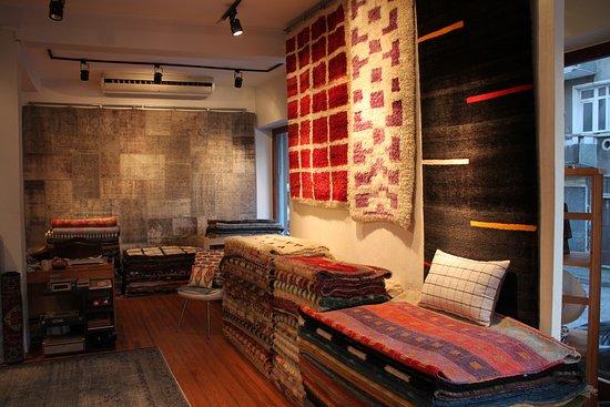 Kashif Boutique