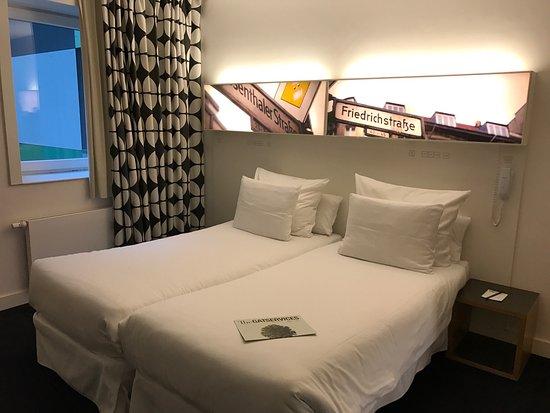 Hotel Gat Point Charlie: photo0.jpg