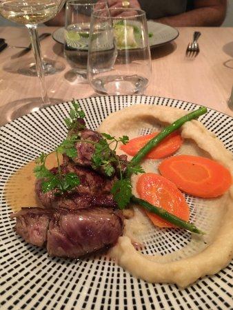 Restaurant le jardin des saveurs dans lesigny avec cuisine for Restaurant le jardin des saveurs