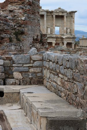 No Frills Ephesus Tours: photo1.jpg