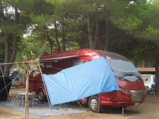 Camere Da Letto Trailer.Bungalow Trilocale In Muratura Con 2 Camere Da Letto Cucina