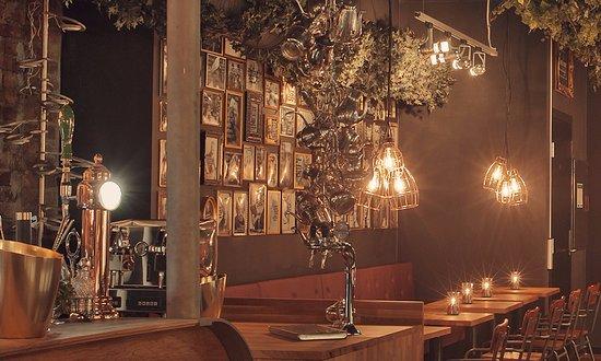 Nedre Lokka Cocktailbar & Lounge