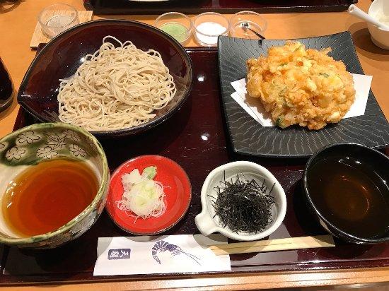 Kobikichotenkuni: 葱入りかき揚げ お蕎麦