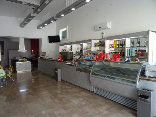 Bar Fiore Gelateria Artigianale: bancone