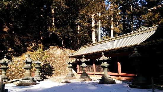 Taiyuimbyo Shrine: IMAG4393_large.jpg