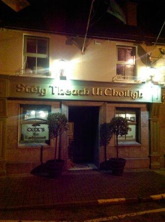 Dromod, Irlandia: Signage in Irish
