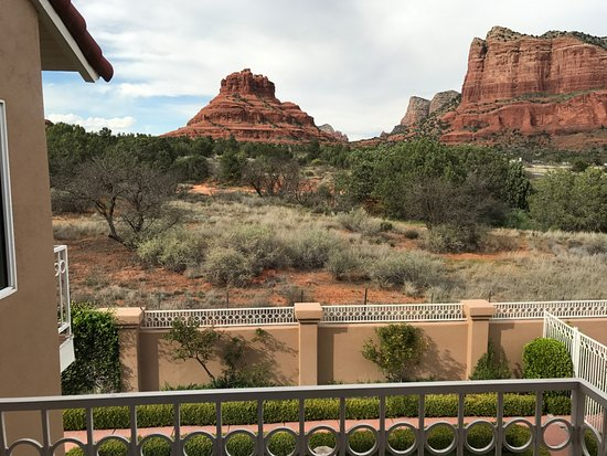 Canyon Villa Bed and Breakfast Inn of Sedona: Looking from our private balcony.