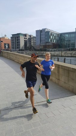 Mike's SightRunning Berlin : Heading towards the interesting parliament district.