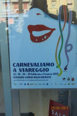 Hotel Astoria : During Viareggio Carnival