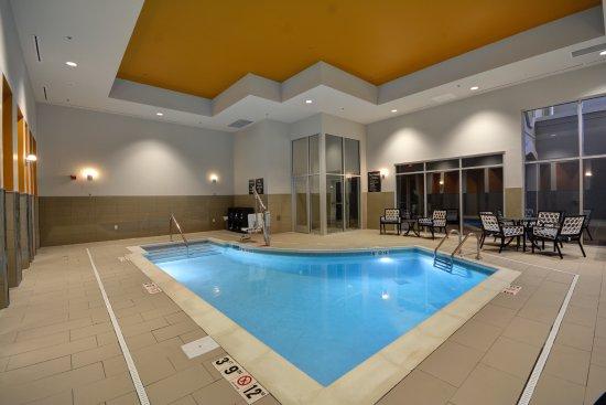 Homewood suites by hilton birmingham downtown near uab for Pool show birmingham