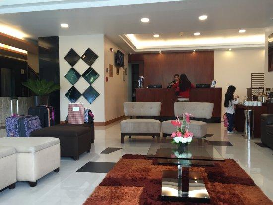 Howard Johnson Hotel Quito: photo0.jpg