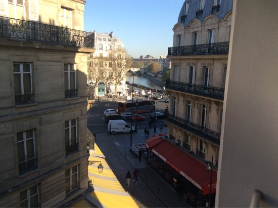 Paris France Hotel: Hotel Able Saint Michel 4th floor room view