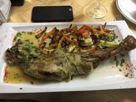 El Lateral n.27: Lammkeule / Pulpo Asado / Salat mit Räucherfisch ....jeden Tag eine Überraschung - jeden Tag ein