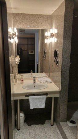 โรงแรมอีฟเบิร์คพรีเมียม รูปภาพ