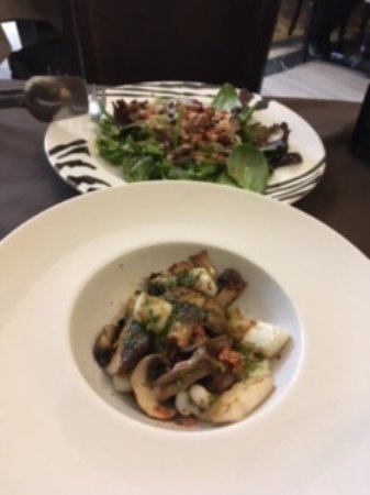 Pizzería Da Paolo: Ensalada de pulpo y salteado de sepia y champiñones