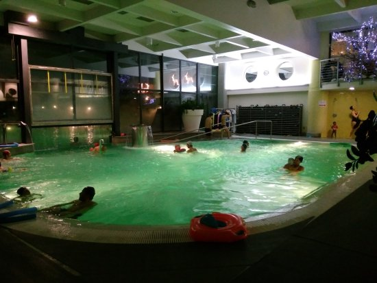 piscina in notturna - Picture of Roseo Euroterme Wellness Resort ...