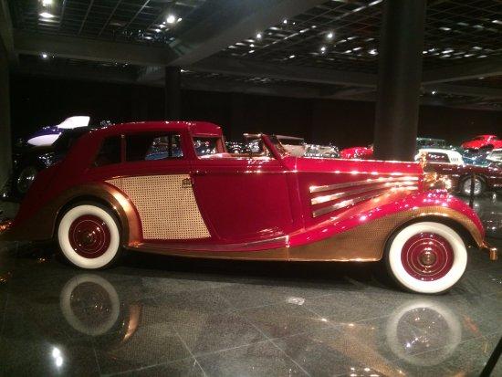 Ντάνβιλ, Καλιφόρνια: Blackhawk automotive museum