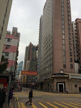 Silka Seaview Hotel: Главный вход в отель