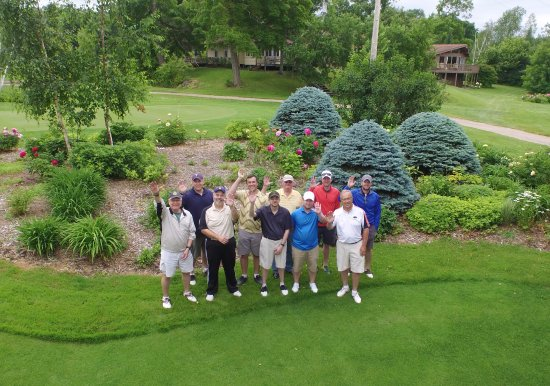 Glenwood, MN: Golfing group welcome