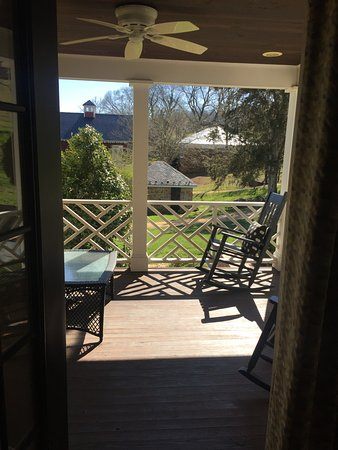 The Inn at Willow Grove: Our view. The porch overlooking the picturesque grounds of the Inn.