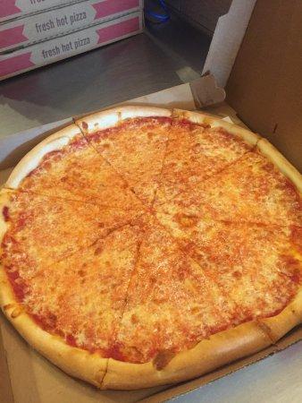 Mattituck, NY: Michael Angelo Pizzeria