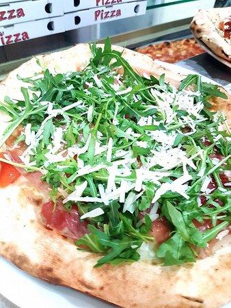 Pizzeria Canossa City