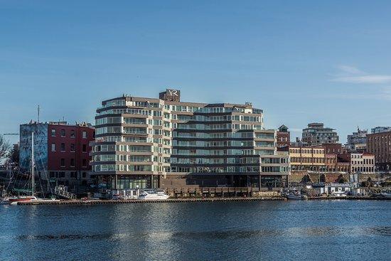 Victoria Regent Hotel