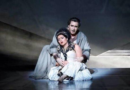 Opera Australia: photo2.jpg