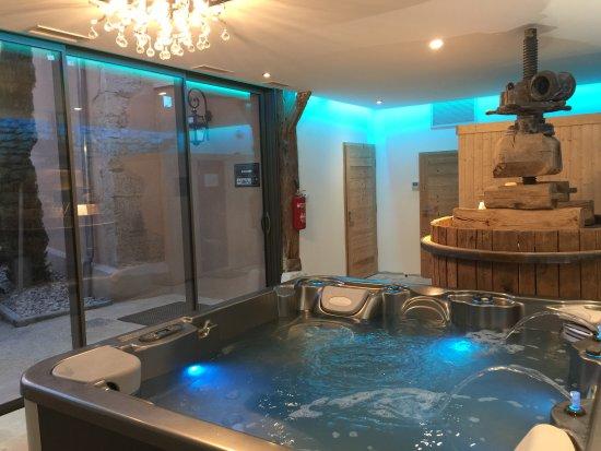 sauna spa espace d tente photo de domaine de suzel vignieu tripadvisor. Black Bedroom Furniture Sets. Home Design Ideas