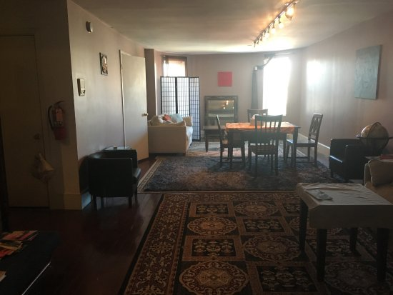 Meridian Manor Bed and Breakfast: The fourth floor has its own living space!