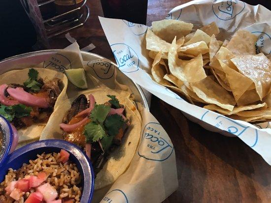 Local Taco : photo0.jpg