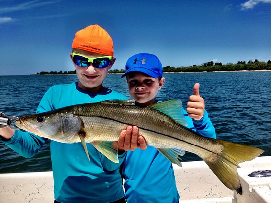 Florida fishing adventures private charters crystal for Crystal river fishing charters