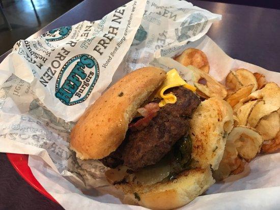 Heff's Burgers: photo0.jpg