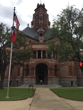 Ellis County Courthouse : photo1.jpg