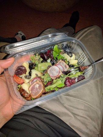 Martinhal Sagres Beach Resort & Hotel: A bit of take-away salad for 13 Euro