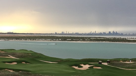 Yas Links Abu Dhabi: Golf tournament