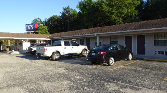 Milton, FL: Front