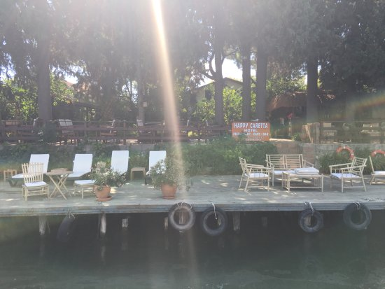 Happy Caretta Hotel: Ponton de l'hôtel