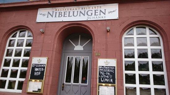DSC_0185_large.jpg - Bild von Nibelungenschänke, Frankfurt am Main ...