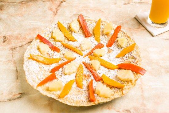 Linda's Dutch Pancakes : Mango Papaya and Pineapple