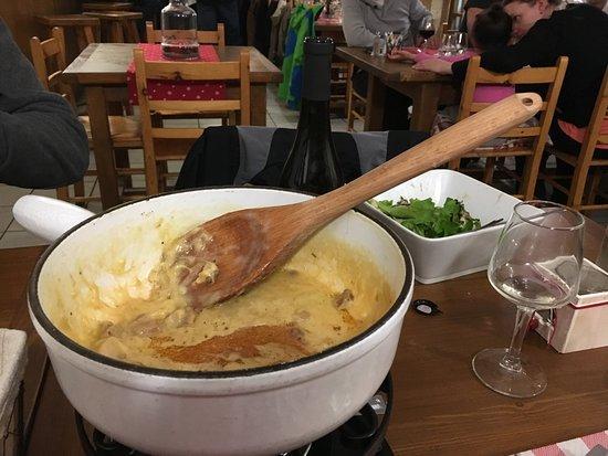 Notre-Dame-du-Pre, فرنسا: Fantastic fondue