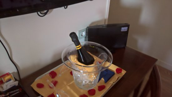 Hotel Italia: spumante