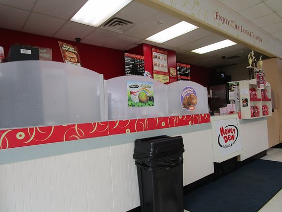 Honey Dew Donuts in Johnston, R.I.