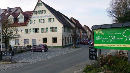 Hersbruck, Allemagne : Gruener Baum