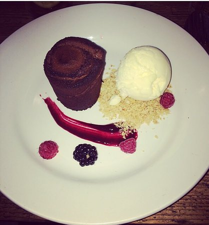 Hollingbourne, UK: This was my pudding simple & tasty ☺️