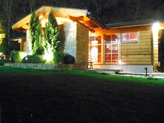 Königswinter, Tyskland: Gartensauna (am Abend)
