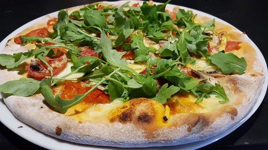 Sinj, Kroasia: Restoran / Pizzerija Tendi