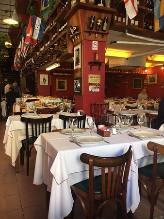 Photo of Steakhouse Chiquilin at Calle Sarmiento 1599, Buenos Aires C1042ABC, Argentina