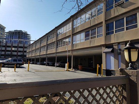Bethesda, MD: 베세스다 코트 호텔