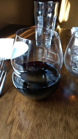 Red Drum : A little lite on the wine pour